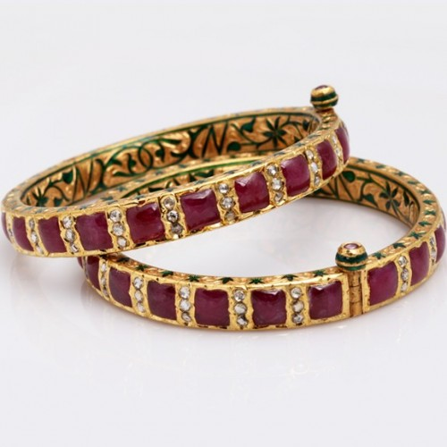 Pair of Gold Enamel Bangle in Ruby & Chakri Diamond.